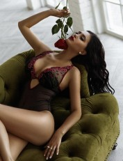 Miss Glam Swiss in HongKong, Escorts.cm call girl, GFE Escorts.cm – GirlFriend Experience